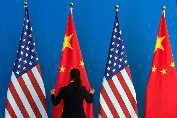Торговая война продолжается: Трамп планирует введение пошлин в 25% на импорт китайских товаров