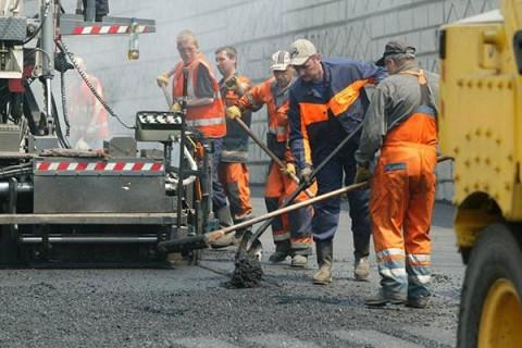 Правительство намерено в 2019 году выделить на ремонт дорог более 50 млрд гривен