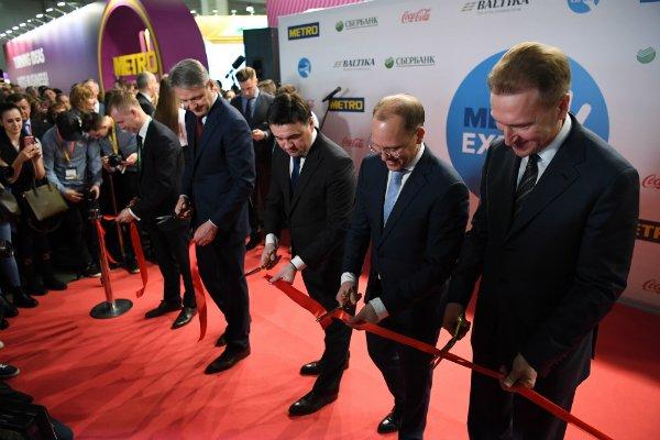 Сервисы для малого бизнеса на METRO EXPO 2018: Игорь Шувалов посетил стенд Сбербанка