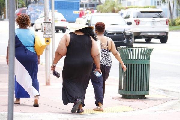Великобритания хочет избавиться от жирных людей с помощью налогов