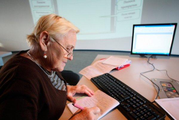 Сбербанк: Работающие пенсионеры в среднем получают 46 тыс. рублей в месяц