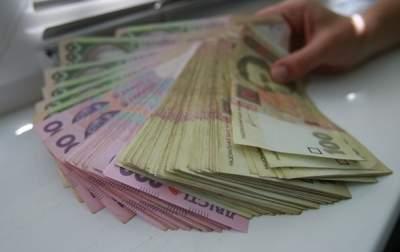 Украинцы стали охотнее держать деньги на депозитах