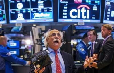 Доклад МВФ сильно ударил по мировым биржам