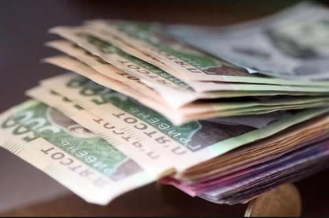 В Украине за год реальная зарплата выросла на 15%
