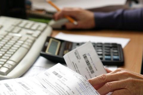 В Украине за месяц долги за комуслуги выросли на миллиард гривен