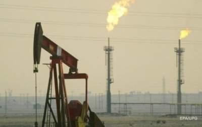 Цены на нефть умеренно снижаются