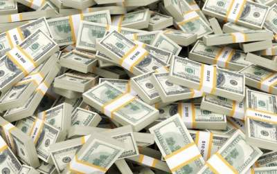 Украинцы вывели за границу 45,5 миллионов долларов за год