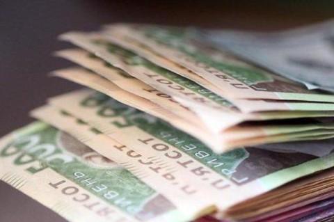 Прогноз от Минфина: в 2019 году средняя зарплата превысит 10 тысяч гривен