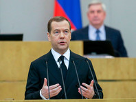 Медведев призвал арестовывать и сажать бизнесменов только в крайних случаях и анонсировал