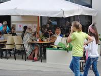 Bloomberg: москвич зарабатывает на еду за 10 минут, житель Женевы - за пять