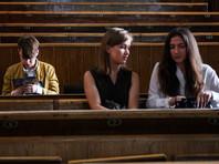Молодежь не жаждет учиться в 64 регионах России и грозит обвалить их рынок труда