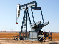 В США цена на нефть упала до... нисколько: ее можно брать из хранилищ, а производители за это еще и доплатят